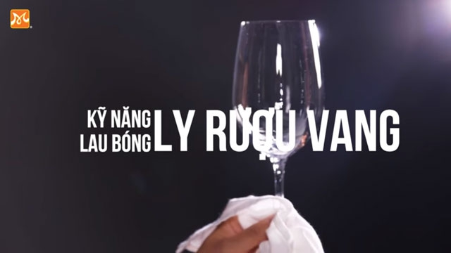 Bí Kíp Lau Bóng Ly Rượu Vang Chỉ Trong 1 Phút 30 Giây