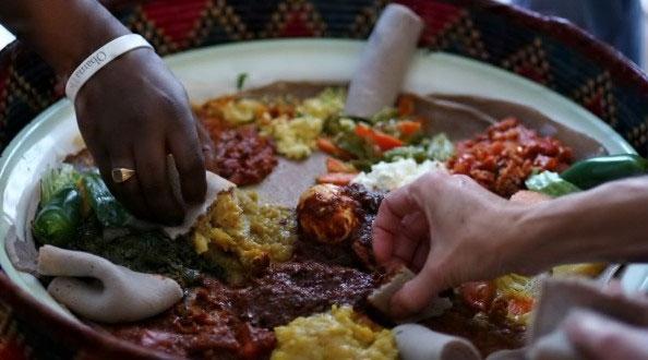 Du Lịch Vòng Quanh Thế Giới, Đừng Quên Nghi Thức Ăn Uống Của Mỗi Quốc Gia