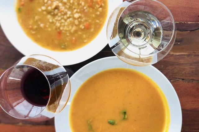 Rượu Vang – Chất Xúc Tác Vi Diệu Cho Mọi Bữa Tiệc Fine Dining