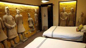 Ăn Ngủ Như Tần Thủy Hoàng Tại Khách Sạn Tượng Đất Nung Trung Quốc