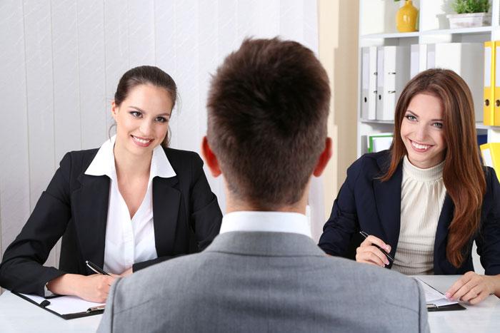 phỏng vấn trực tiếp là phương tiện đánh giá chính xác