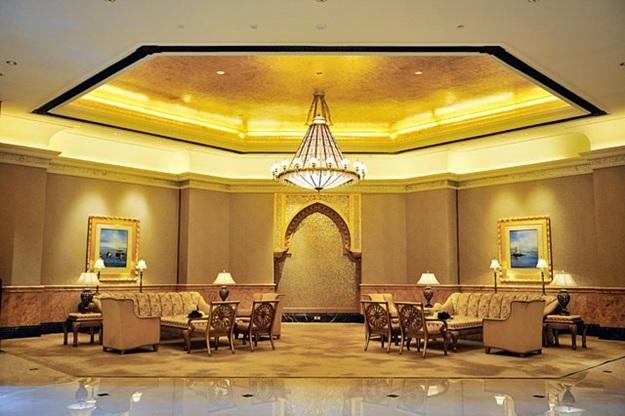 khach san emirates palace