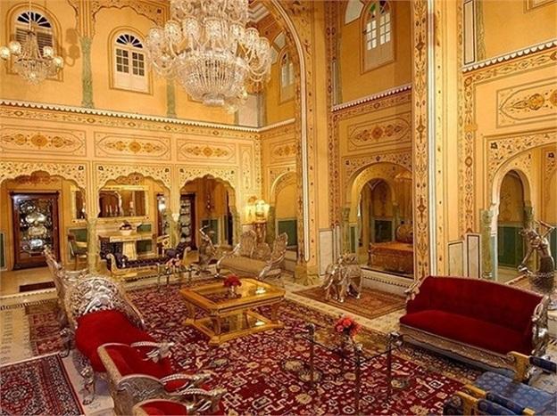 khach san the raj palace