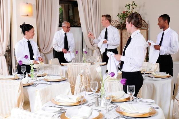 nghề nhà hàng khách sạn đầy thí vị