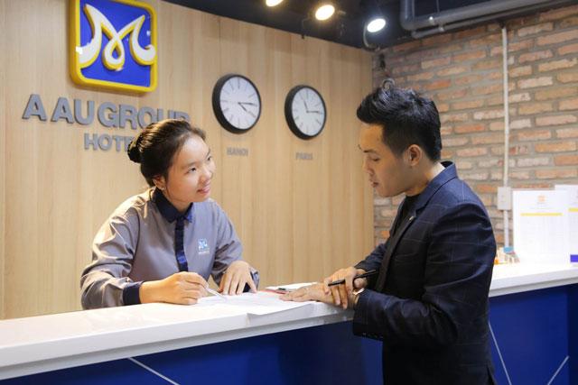 học viên được đào tạo mọi thao tác, nghiệp vụ nghề lễ tân theo tiêu chuẩn quốc tế