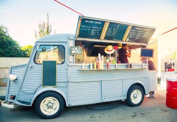 food truck xe tải bán đồ ăn