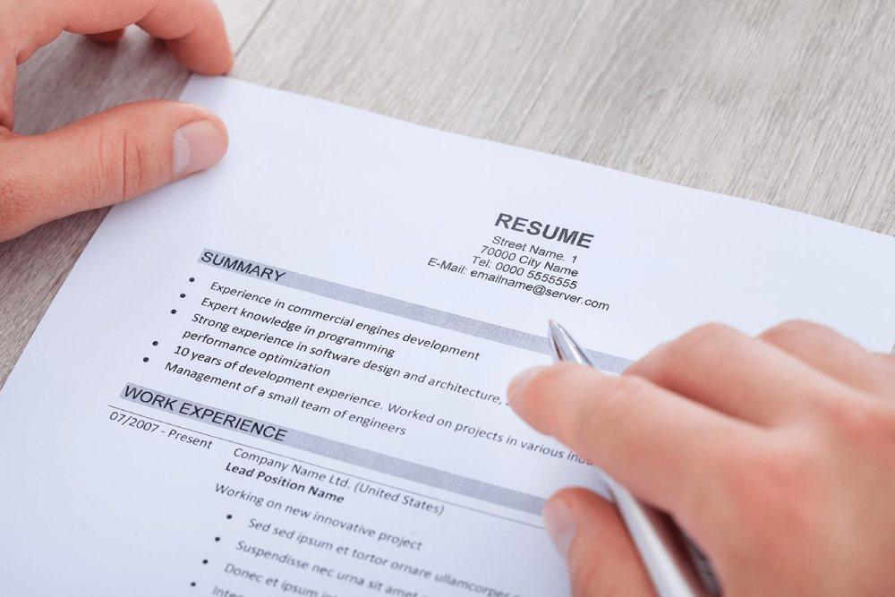 resume có độ dài ngắn hơn cv