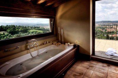 bồn tắm rượu vang